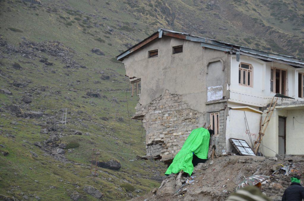 Кедарнатх разрушенные здания